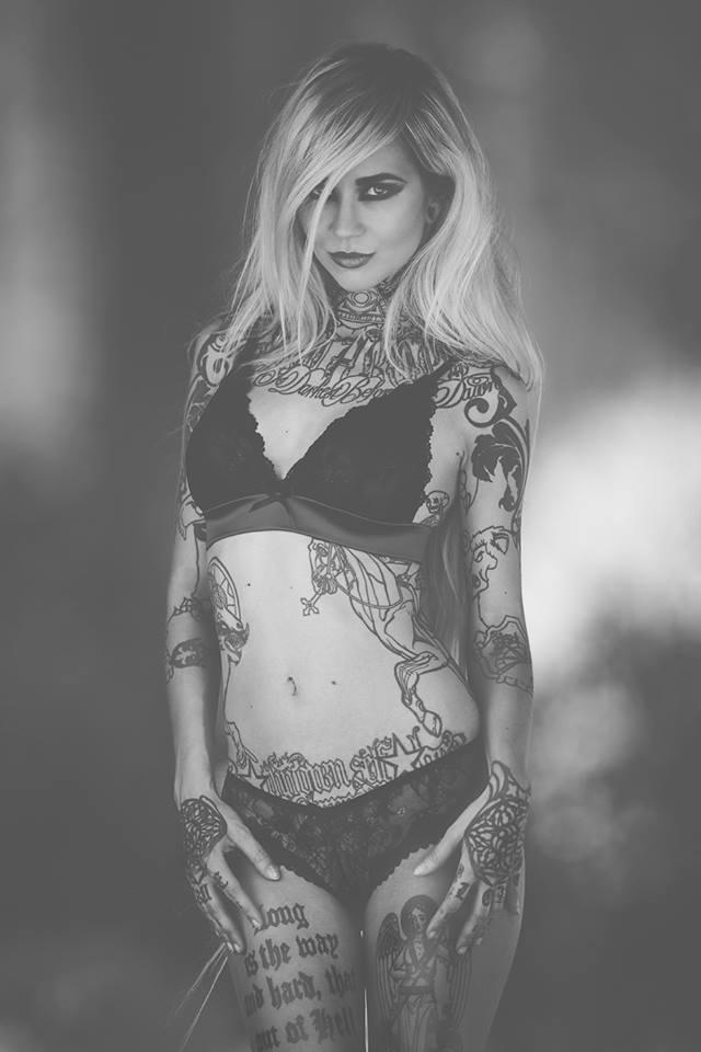 Sara Fabel tattoo model